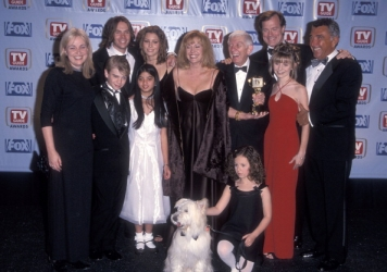 Photos de Mackenzie Rosman - First annual TV Guide Awards 02.01.1999 - 4